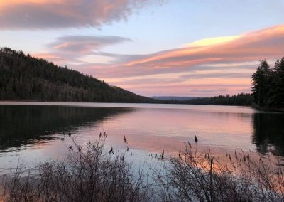 Suttle Lake in Central Oregon, 45 minutes from Bend
